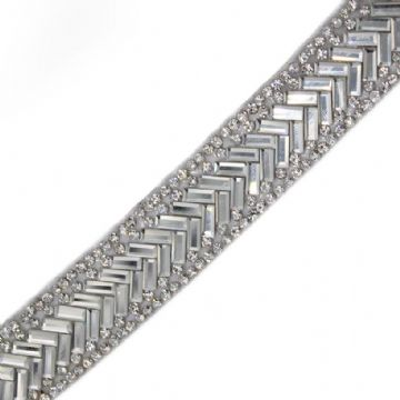 1 metre x 19 mm Clear crystal chevron